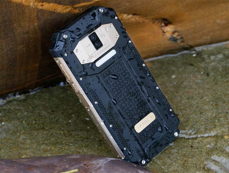Защищенный смартфон Oukitel WP2 прошел жестокие тесты