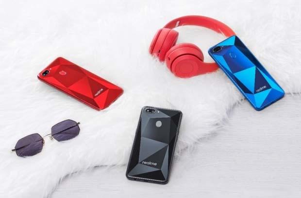 Стали известны спецификации смартфона Oppo Realme 2