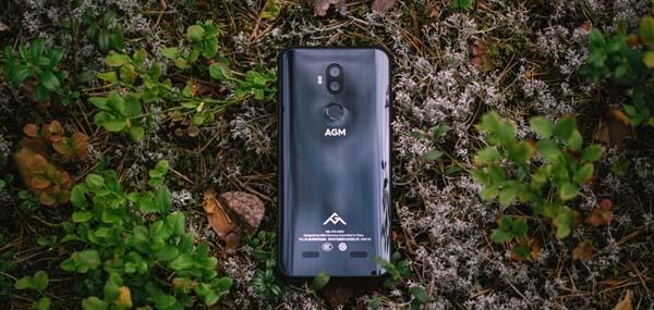 Представлен защищенный смартфон AGM X3 на Snapdragon 845