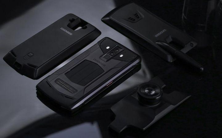 Защищенный Doogee S90 будет модульным смартфоном
