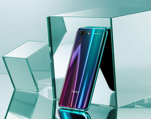 Смартфон Honor 10 Premium