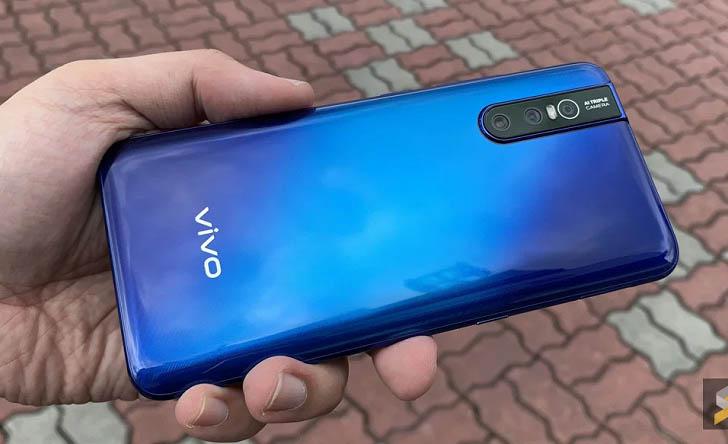 Смартфон Vivo V15 Pro показали на качественных фото