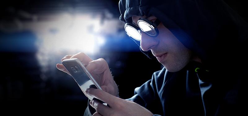 что делать если твой телефон взломали