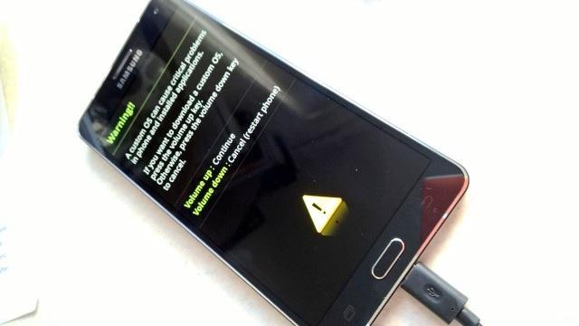 Сбой: Android застрял в процессе загрузки