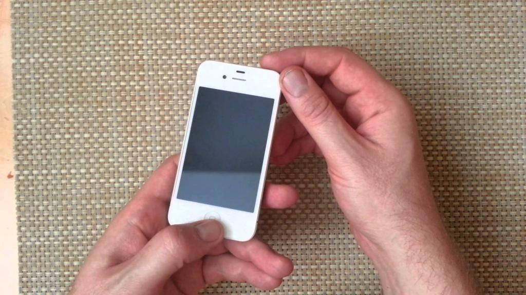 Перезагрузка айфона 4s
