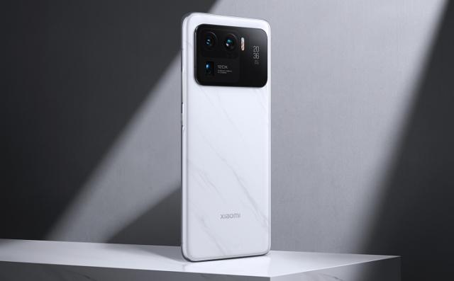 Лучший камерофон Xiaomi получил Android 12 и MIUI 12.5